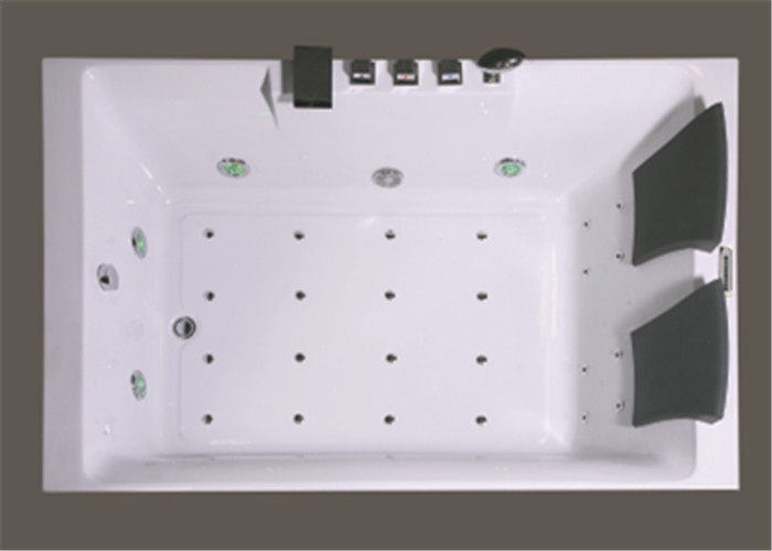 Square Freestanding Whirlpool Bathtubs , Whirlpool Jet Tubs For Small Bathrooms