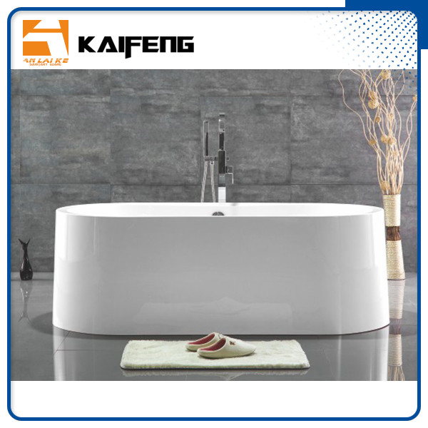 Large Oval Acrylic Freestanding Soaking Bathtubs White Color With Overflow